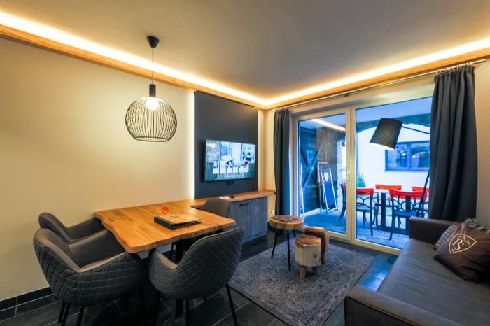 haans lifestyle alpin rentals. Black Bedroom Furniture Sets. Home Design Ideas